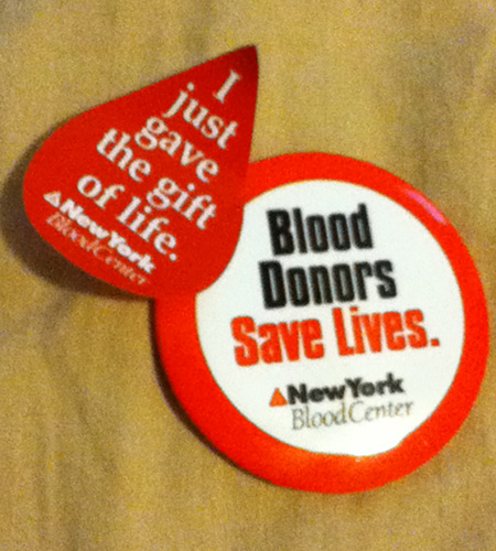Ny blood donation button and sticker