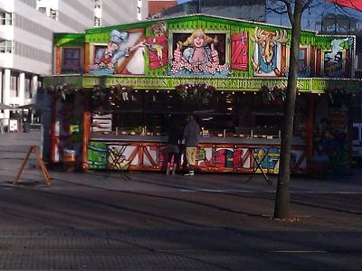 oliebollen vendor in the Hague