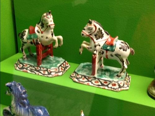 Gemeente Museum horse figurines