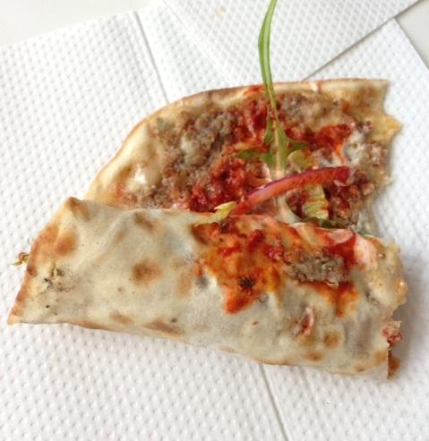 Lekker! (Or: Turkse pizza)