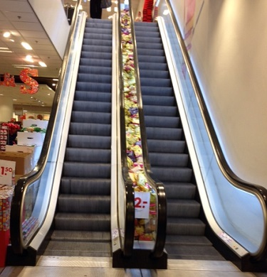 escalator coffee display at Hema