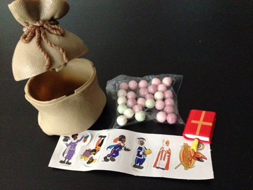 the contents of a Sinterklaas candy gift