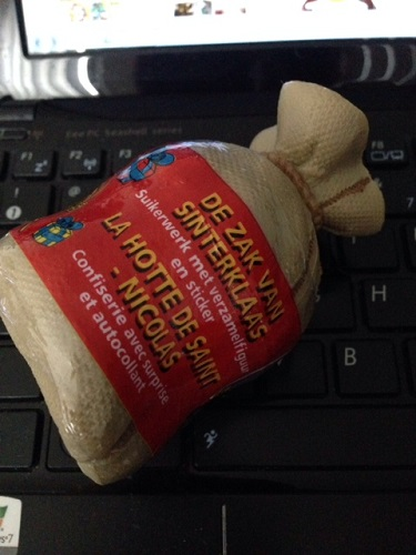 What is in this Sinterklaas gift