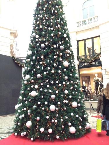 Christmas tree in de Passage, Den Haag