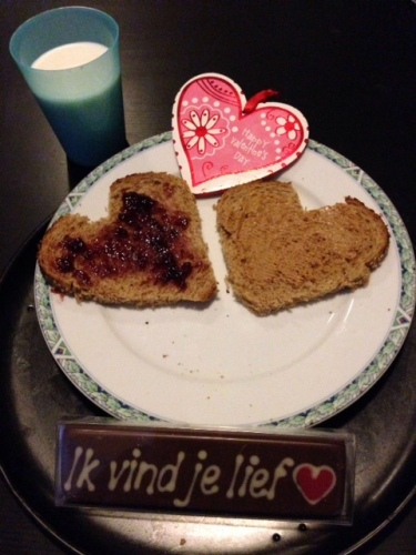 Valentines Day pbj sandwich