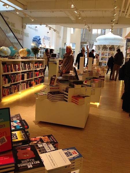 Paagman bookstore Lange Poten 1
