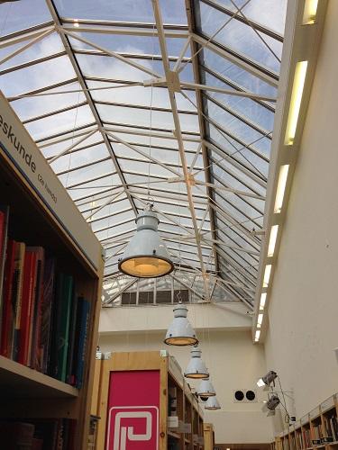 Paagman bookstore Lange Poten 3