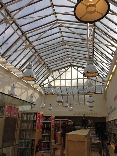 Paagman bookstore Lange Poten 4