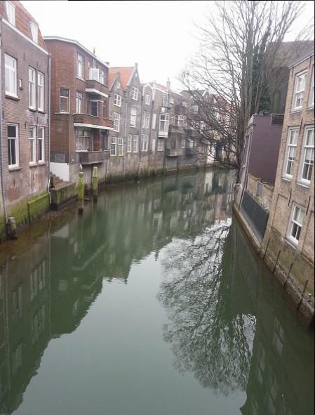 canals in Dordrecht