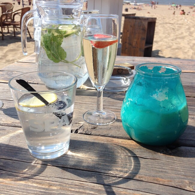 Summer drinks at the Scheveningen beach