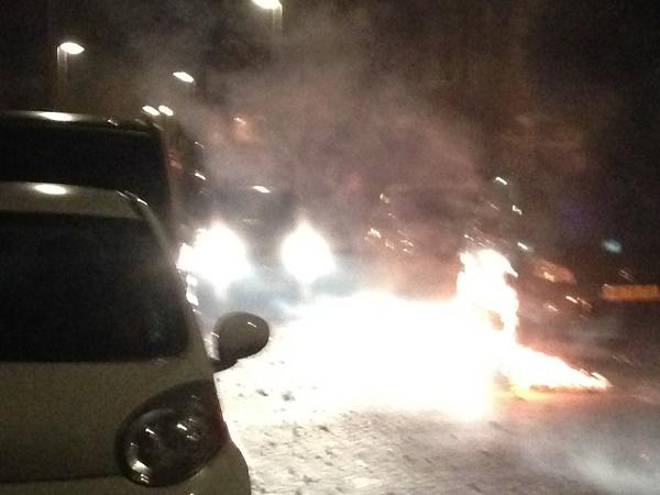 Car drives through fireworks fire (Netherlands)