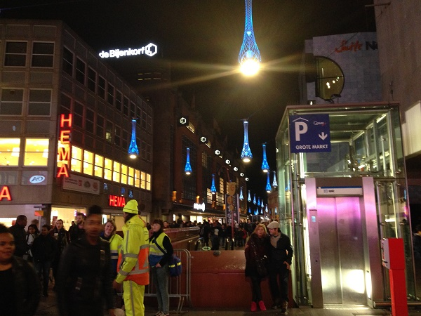 Den Haag verlichting lights now turned on | Life in the Hague