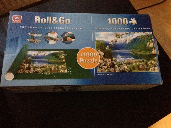 Puzzle mat and 1000 piece puzzle