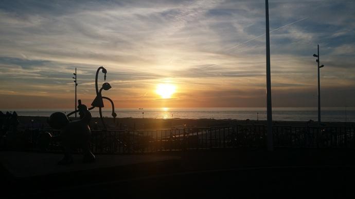 Scheveningen Beelden aan Zee at sunset