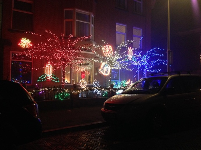 christmas-lights-on-new-years-eve-2016-the-hague