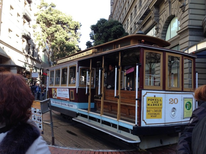 powell-and-market-cable-car-san-francisco-wooden-platform