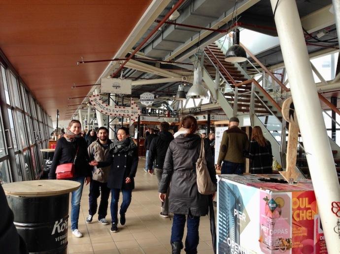 inside-schevenigen-pier