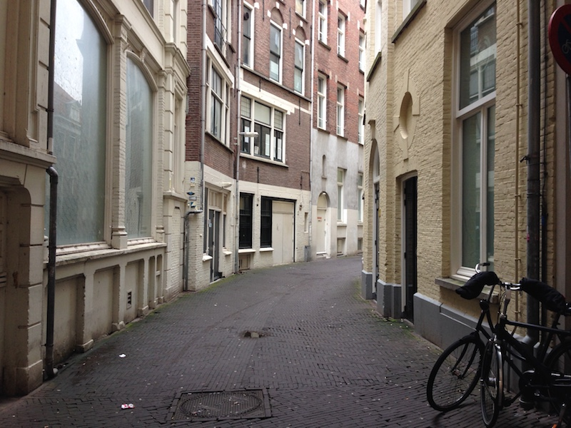 achterom-alleyway-in-the-hague