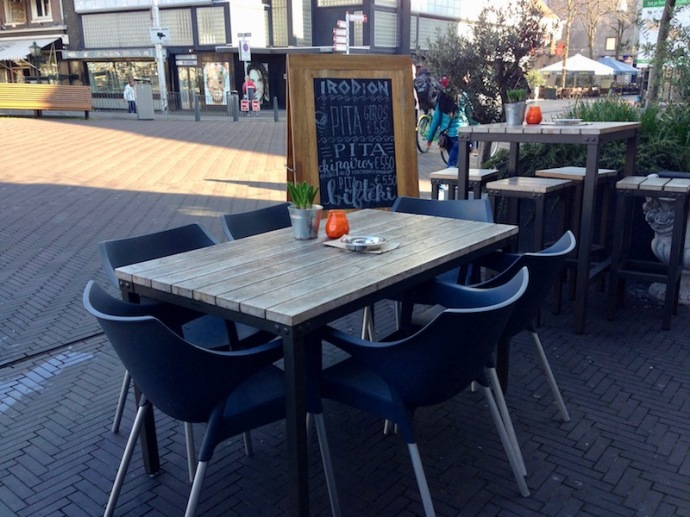 Irodion Greek restaurant in The Hague - tables outside