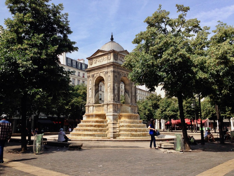 Fountain of Innocents, Paris