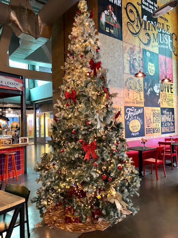 Christmas tree at MingleMush