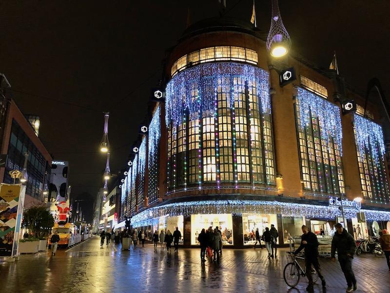 Christmas lights Bijenkorf, The Hague, 2017