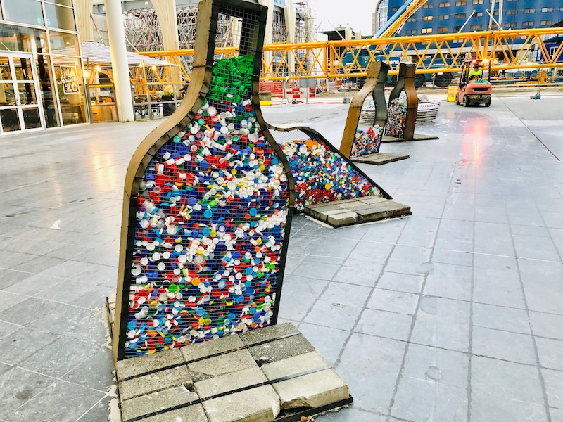 Bottle cap recycling art, The Hague city hall, Oct 2018